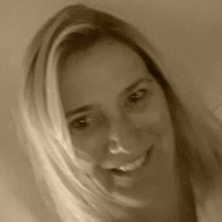 Carla van der Zee